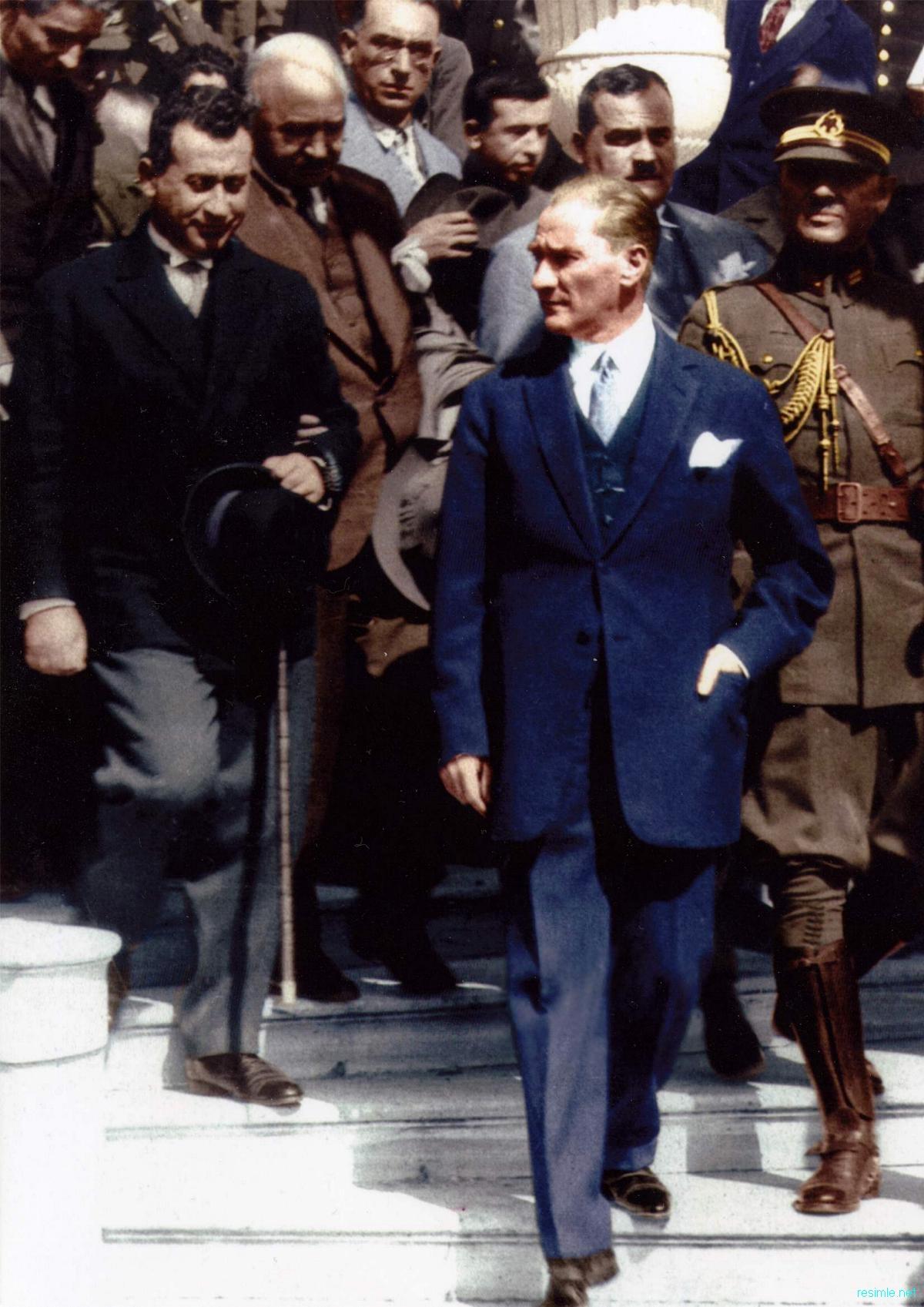 Atatürk ve Osman Ergin ile ilgili görsel sonucu
